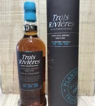 RHUM AGRICOLE VIEUX DE MARTINIQUE    TRIPLE MILLESIME    TROIS RIVIERES