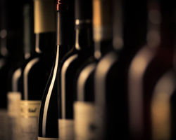 Cave vin passion -  Ceyrat -  Saint-Amant-Tallende - bouteilles de vin